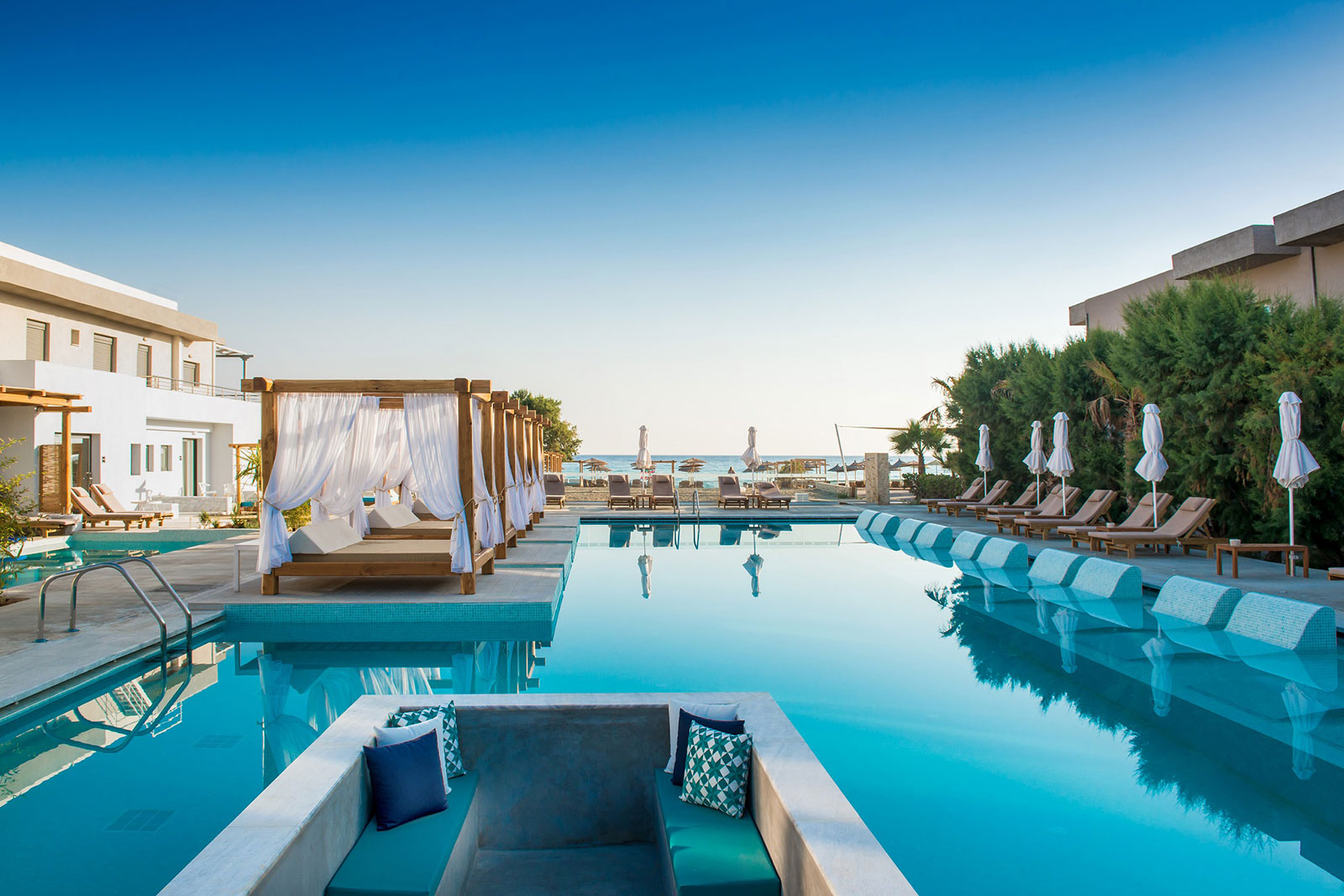 Enorme Lifestyle Beach Resort Hotel  Amoudara Heraklio